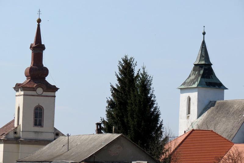 Templom tornyok